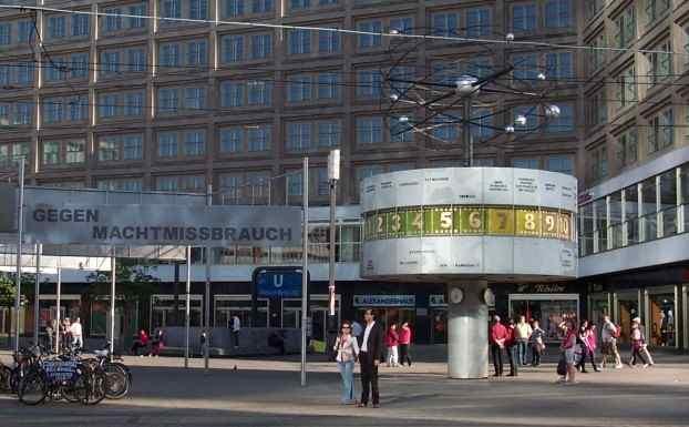 swingerclub berlin mitte sexfilme der 70er jahre