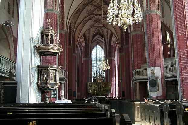 kirche zwei türme brandenburg