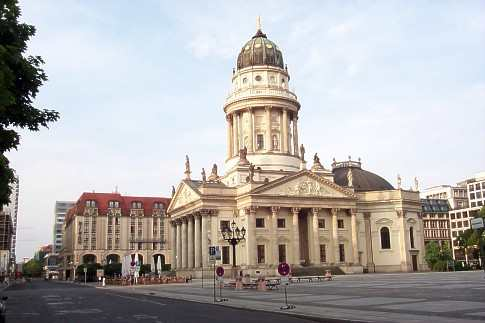 berlin gendarmenmarkt virtuelle stadtf hrung konzerthaus schiller schinkel knobelsdorff ulrich. Black Bedroom Furniture Sets. Home Design Ideas
